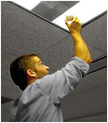 教室使用率与节能监测--UX90-002M灯开关记录器