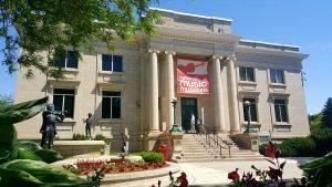 在南达科他州的Vermillion的国家音乐博物馆保存音乐文物1